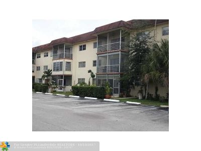 Lauderhill Condo/Townhouse For Sale: 4045 NW 16th St #308
