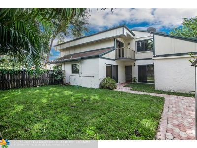Plantation Condo/Townhouse For Sale: 13287 NW 5th St #13287