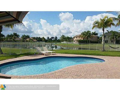 Weston Single Family Home Backup Contract-Call LA: 1049 Elderberry Dr