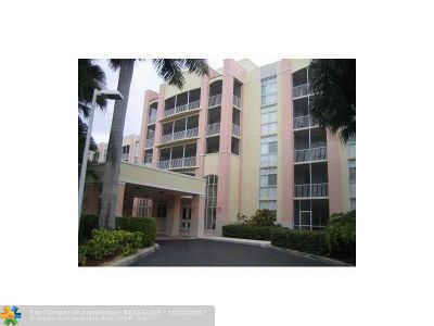Doral Condo/Townhouse For Sale: 9725 NW 52nd St #213