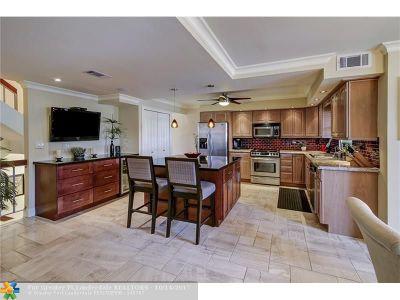 Hillsboro Beach Condo/Townhouse Backup Contract-Call LA: 1222 Hillsboro Mile #22