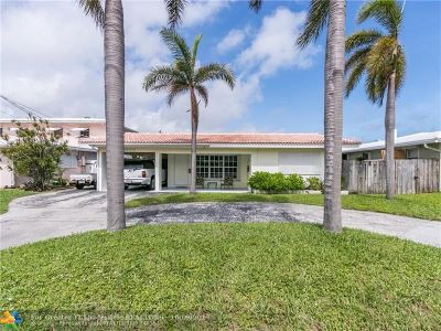 Pompano Beach Single Family Home For Sale: 2703 SE 14th St
