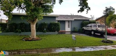 Sunrise Single Family Home For Sale: 10641 NW 28th Mnr