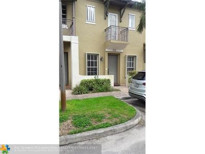 Pembroke Pines Condo/Townhouse For Sale: 14629 SW 5th St #3-6