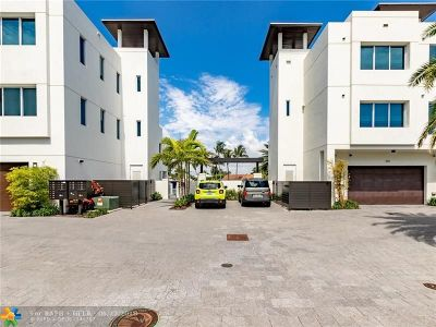 Broward County Condo/Townhouse For Sale: 261 Shore Court #261