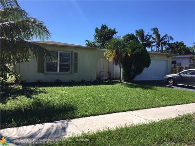 Sunrise Single Family Home For Sale: 8440 NW 21 St