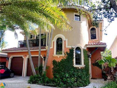 Rio Vista, Rio Vista C J Hectors Re, Rio Vista Isles Single Family Home For Sale: 720 SE 8th St