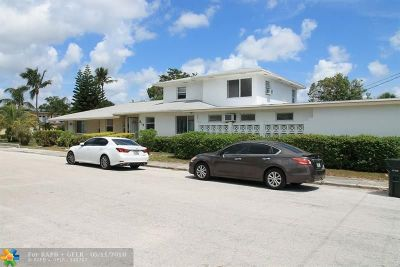 Lake Worth Multi Family Home For Sale: 312 N 9th Av