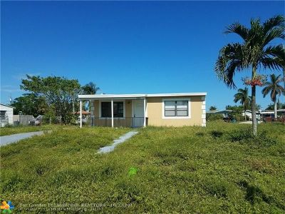Boynton Beach Single Family Home For Sale: 3000 Ocean Pkwy