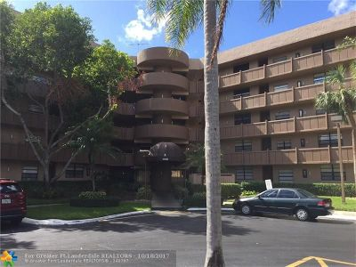 Pembroke Pines Condo/Townhouse For Sale: 1100 Colony Point Cir #303