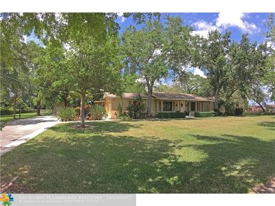 Southwest Ranches Single Family Home For Sale: 14301 W Palomino Dr