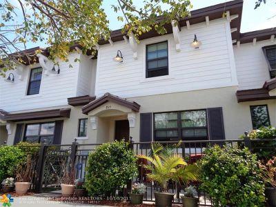 Pompano Beach Condo/Townhouse For Sale: 805 S Ocean Blvd #805