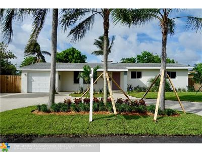 Pompano Beach Single Family Home For Sale: 251 SE 8th St