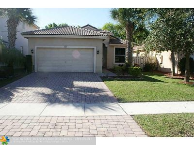 Lake Worth Single Family Home For Sale: 5317 Sancerre Cir