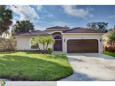 Coral Springs Single Family Home For Sale: 5756 NW 53rd Ct