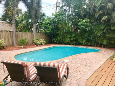 Broward County Single Family Home For Sale: 4750 NE 3rd Ter