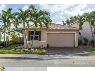 Pembroke Pines Single Family Home For Sale: 10494 SW 16th St