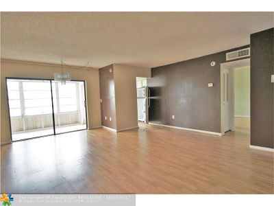 Lauderhill Condo/Townhouse For Sale: 2501 NW 41st Ave #302