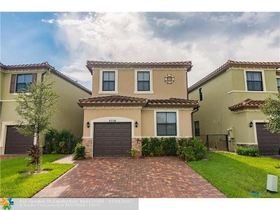 Tamarac Single Family Home For Sale: 5714 NW 50th Ter