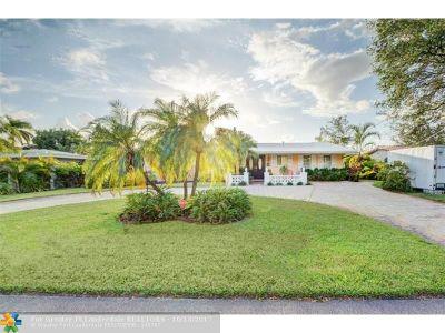 Broward County Single Family Home For Sale: 4521 NE 15th Ter