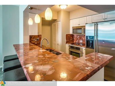 Fort Lauderdale Condo/Townhouse For Sale: 347 N New River Dr E #2207