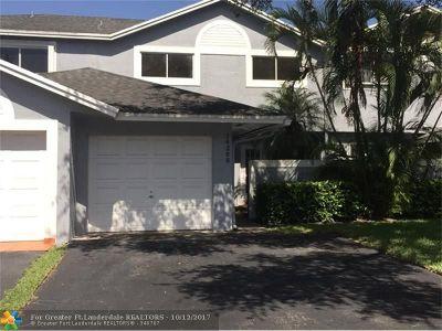 Miami Condo/Townhouse For Sale: 14265 SW 97th Ter #.