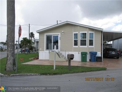 Davie Single Family Home For Sale: 8500 SW 16th St