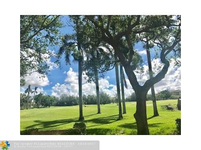 Pembroke Pines Condo/Townhouse For Sale: 12800 SW 7th Ct #106 G