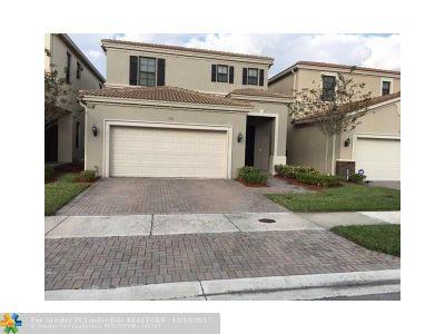 Miami Single Family Home For Sale: 731 NE 193rd St