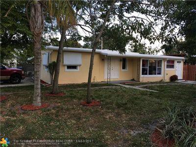 Pompano Beach Single Family Home For Sale: 1960 NE 54th St