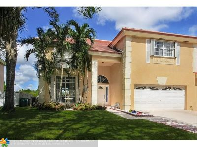 Cooper City Single Family Home For Sale: 10239 Quito