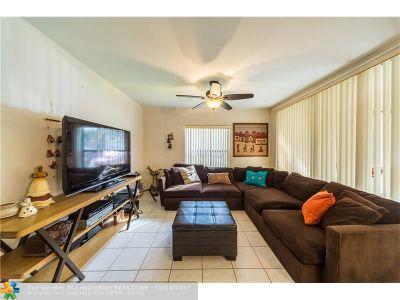 Coconut Creek Condo/Townhouse For Sale: 4628 Carambola Cir #2710