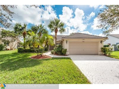 Coconut Creek Single Family Home For Sale: 7562 NW 47th Ter