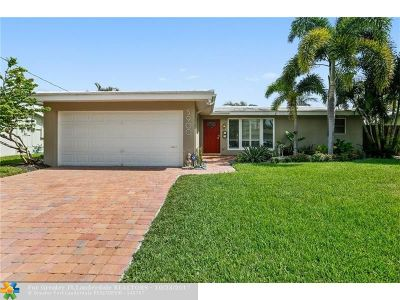 Fort Lauderdale Single Family Home For Sale: 5900 NE 14th Way