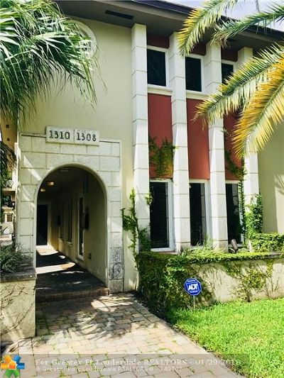 Coral Gables Condo/Townhouse For Sale: 1308 Salzedo St #1