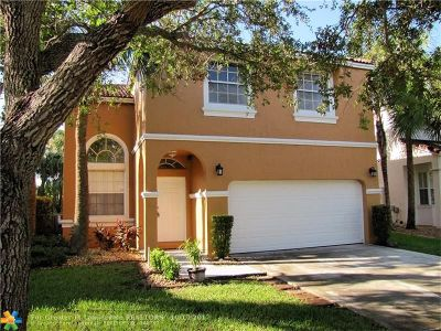 Pembroke Pines Single Family Home For Sale: 522 NW 159th Ln
