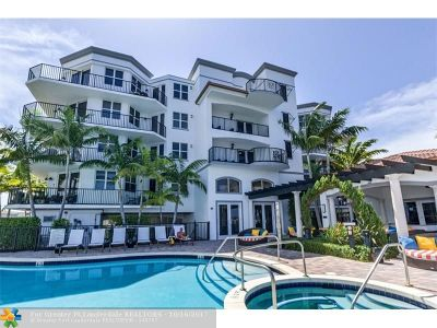 Boynton Beach Condo/Townhouse For Sale: 2700 N Federal Hwy #301