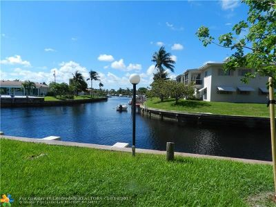 Pompano Beach Condo/Townhouse For Sale: 801 S Federal Hwy #101