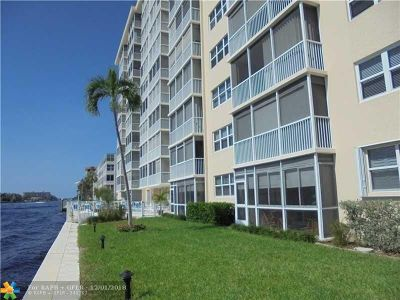 Pompano Beach Condo/Townhouse For Sale: 303 N Riverside Dr #502