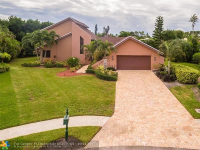 Boca Raton Single Family Home For Sale: 5934 Glenbrook Way