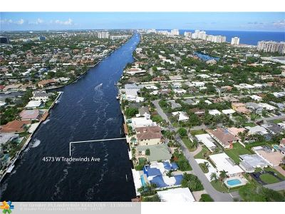 Lauderdale By The Sea Single Family Home For Sale: 4573 W Tradewinds Ave