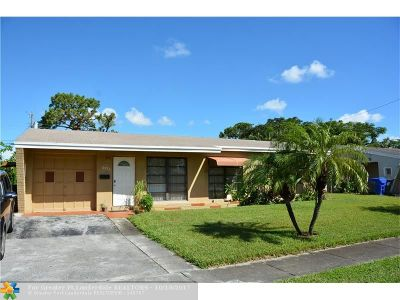 Broward County Single Family Home For Sale: 6971 Coolidge St