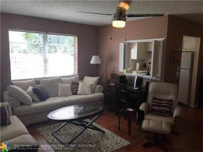 Deerfield Beach Condo/Townhouse For Sale: 281 Markham M #281