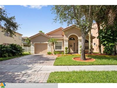 Pembroke Pines Single Family Home For Sale: 1842 NW 74th Way
