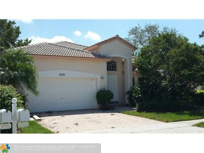 Pembroke Pines Single Family Home For Sale: 16784 NW 12th Ct