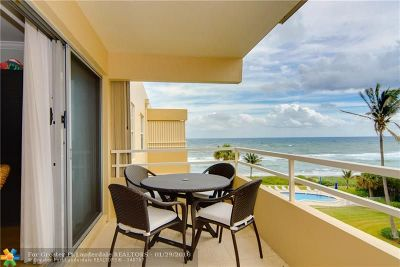 Highland Beach Condo/Townhouse For Sale: 2701 S Ocean Blvd #44