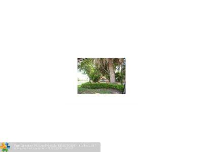 Coral Springs FL Rental For Rent: $1,150