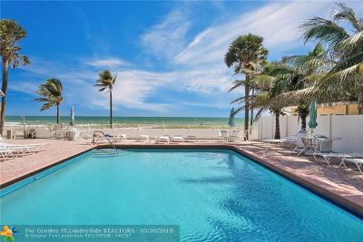 Lauderdale By The Sea Condo/Townhouse For Sale: 4540 N Ocean Dr #210