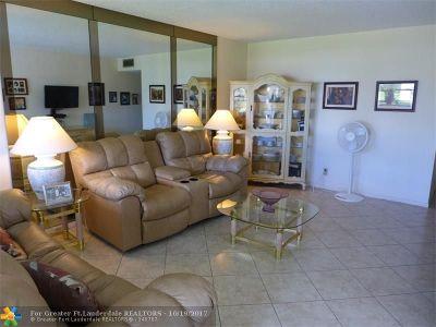 Deerfield Beach Condo/Townhouse For Sale: 37 Upminster B #37