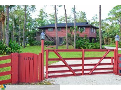 Loxahatchee Single Family Home Backup Contract-Call LA: 16744 E Duran Blvd
